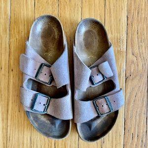 Birkenstock shoes size 7